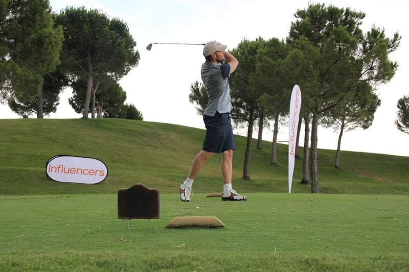 La revista Influencers celebra su primer torneo de golf