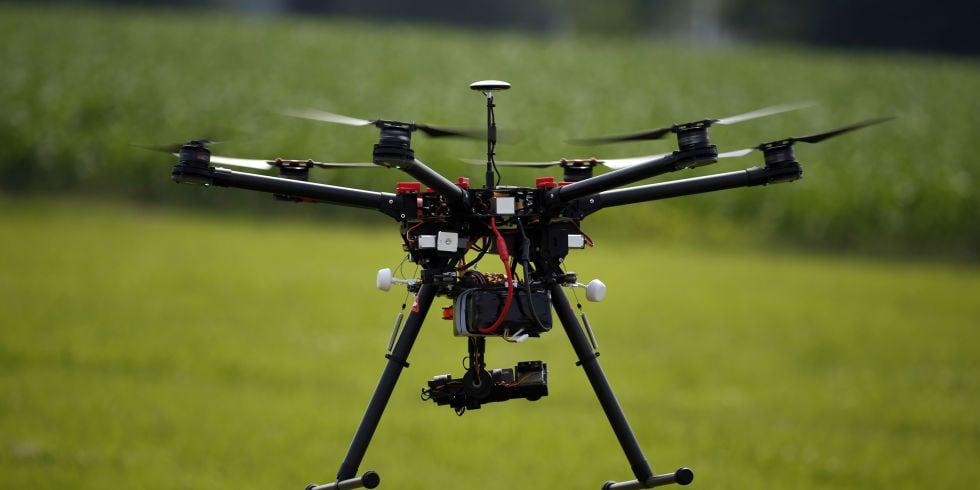 Drones capaces de transportar un desfibrilador en situaciones de urgencia