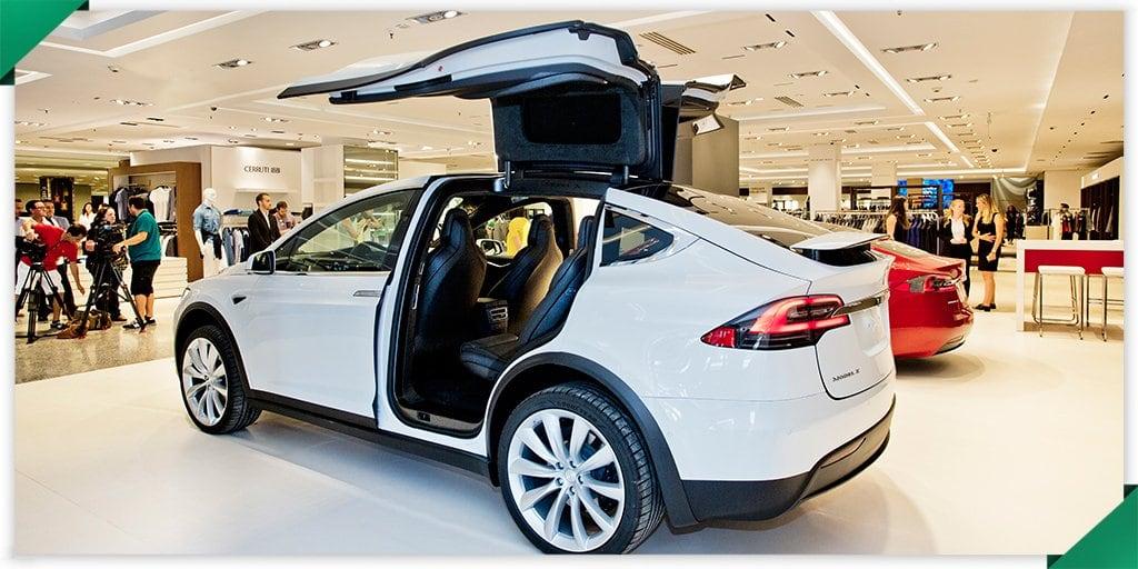 Ya puedes comprar un coche Tesla en El Corte Inglés