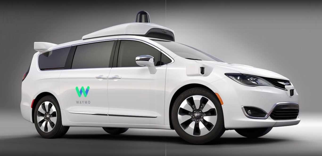 Estados Unidos exige un conductor en los vehículos autónomos