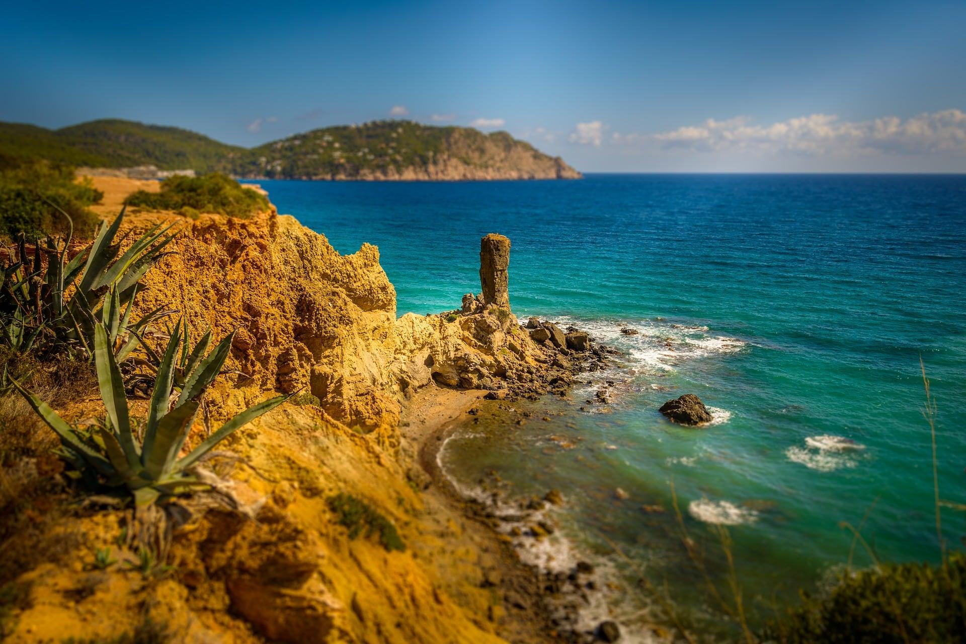 Cuatro propuestas de lujo para disfrutar de Ibiza este verano