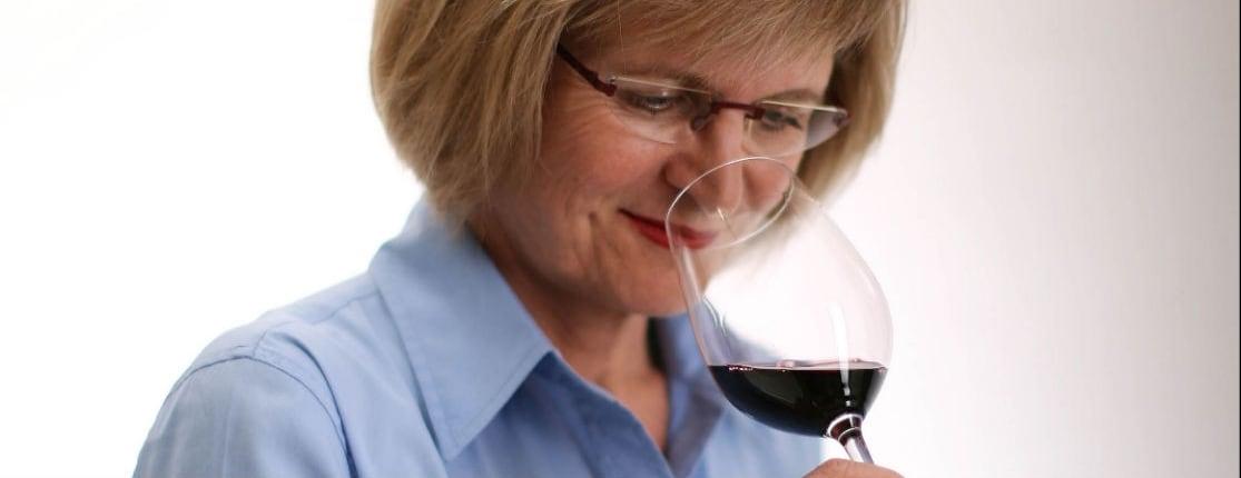 """Jancis Robinson: """"Cómo hacerse experto en vinos en 24 horas"""""""