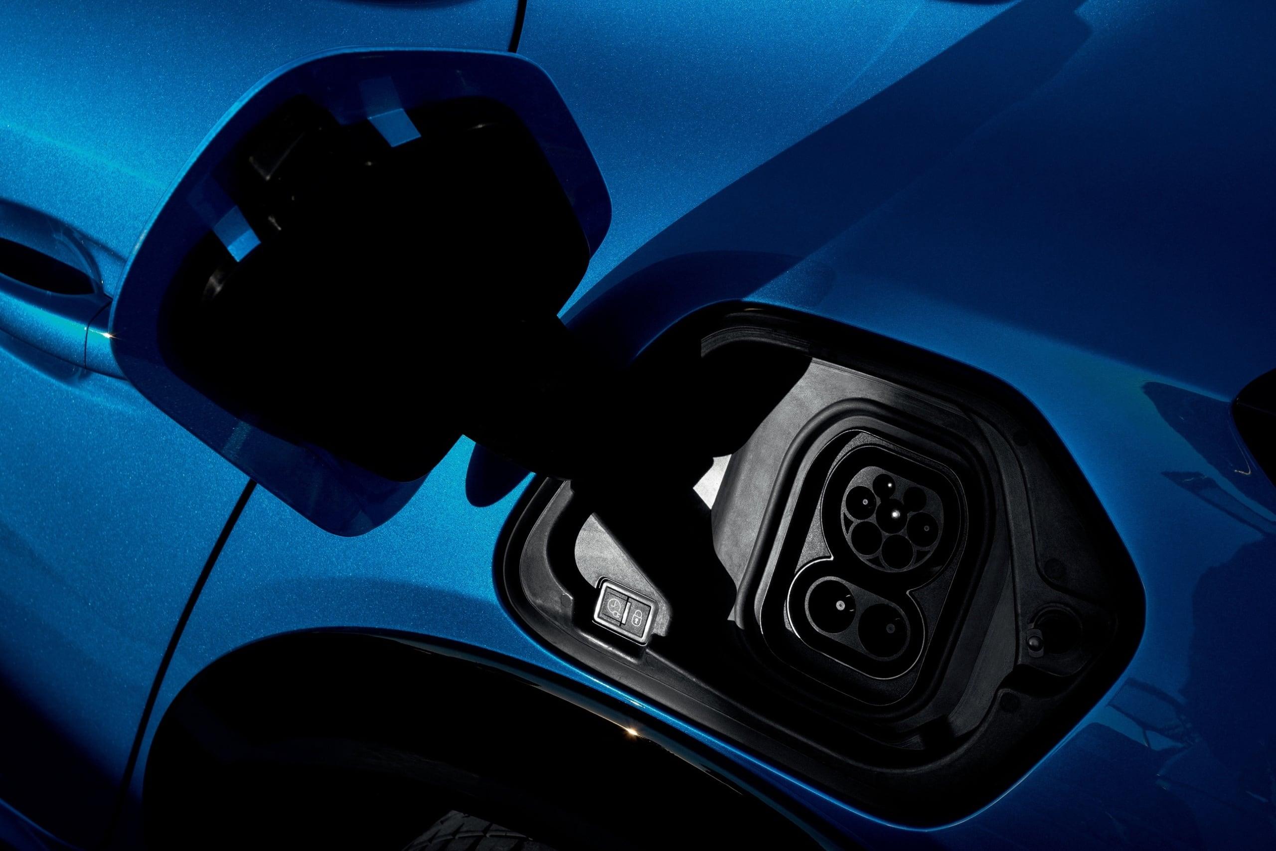 Ventajas e inconvenientes de los vehículos electrificados