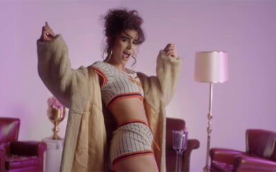 Nathaly Peluso: la provocativa cantante multifusión que arrasa en la red