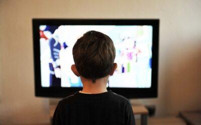Los peligros de 'binge-watching' infantil