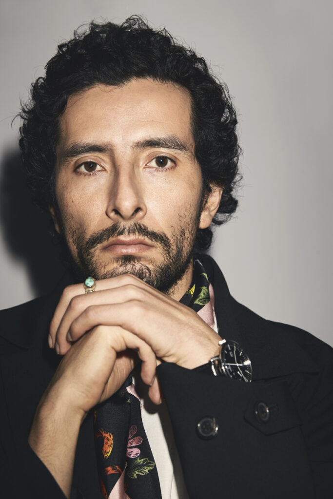 Raúl Briones.