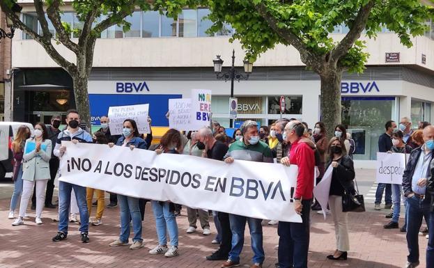 BBVA confiesa ante inversores privados que ejecutará nuevos recortes próximamente