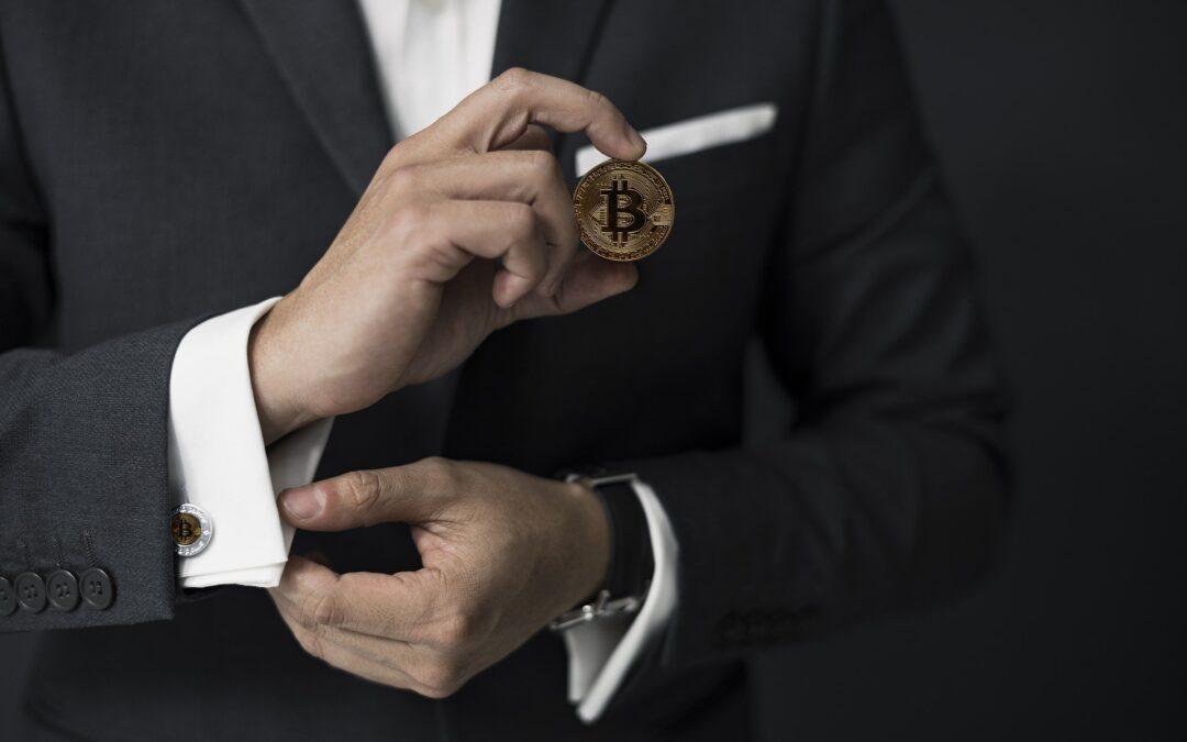 Los millennials, los mayores inversores en bitcoin: 5 peligros de las criptomonedas